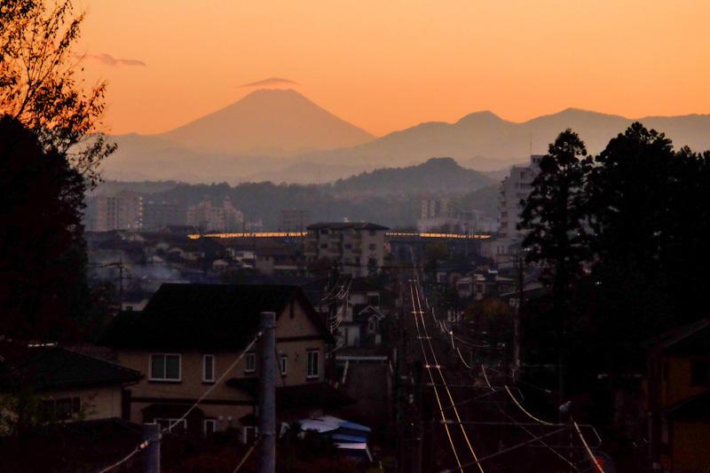 富士山の見える街20191201