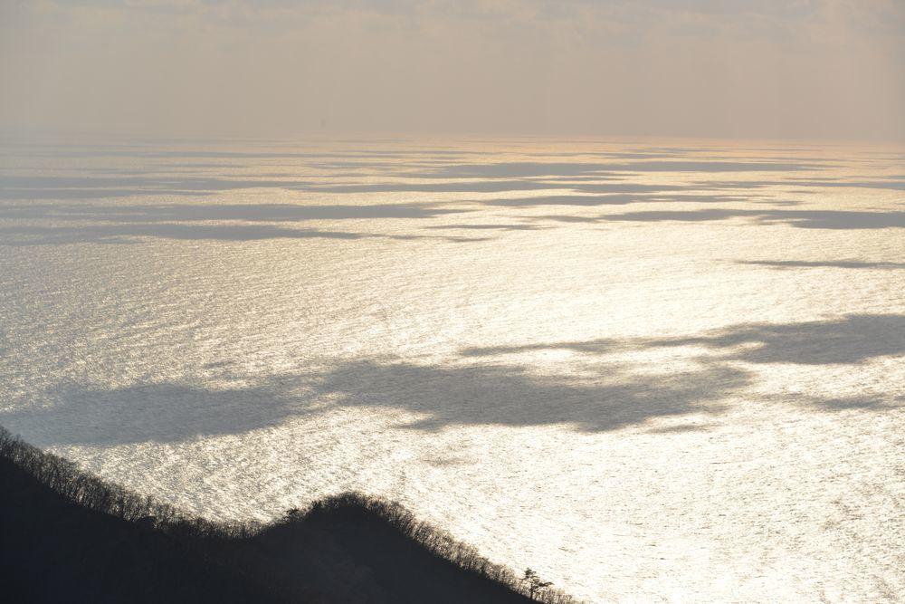 輝く海-1