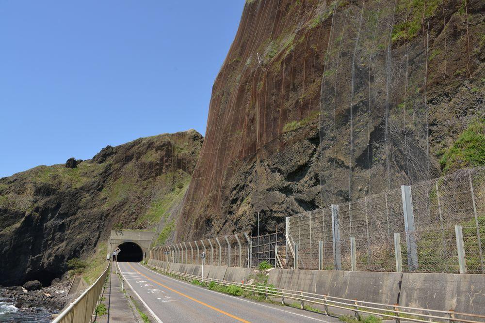立岩と崖-6