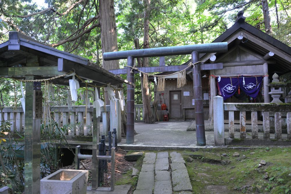 湯神社-4