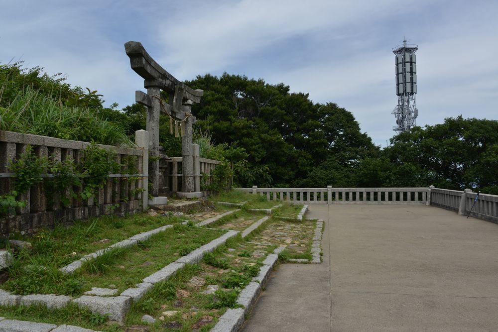 弥彦神社の奥社-5
