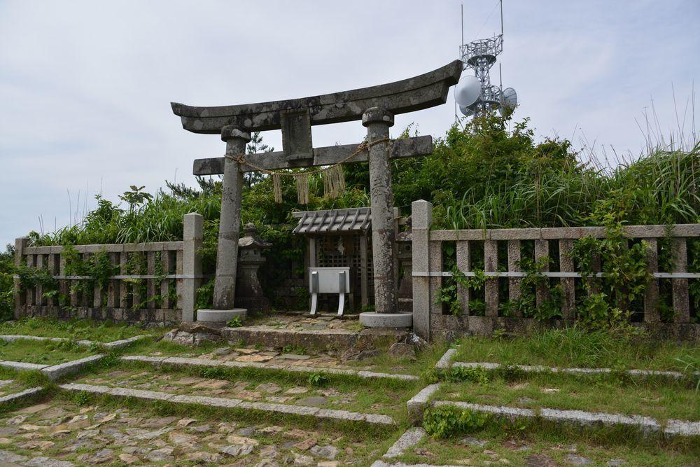 弥彦神社の奥社-6