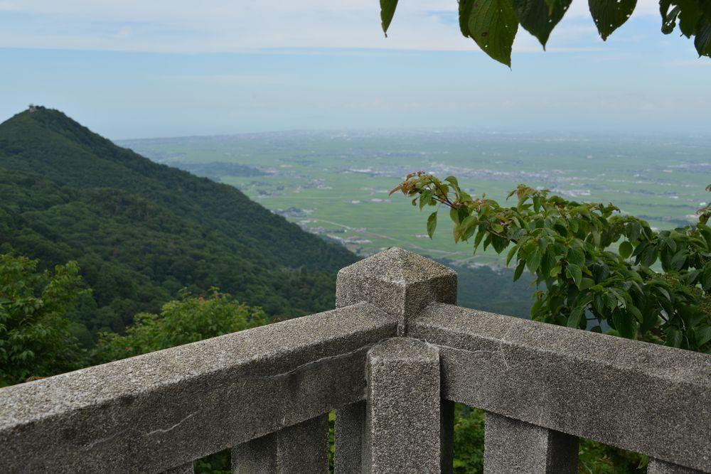 弥彦神社の奥社-7