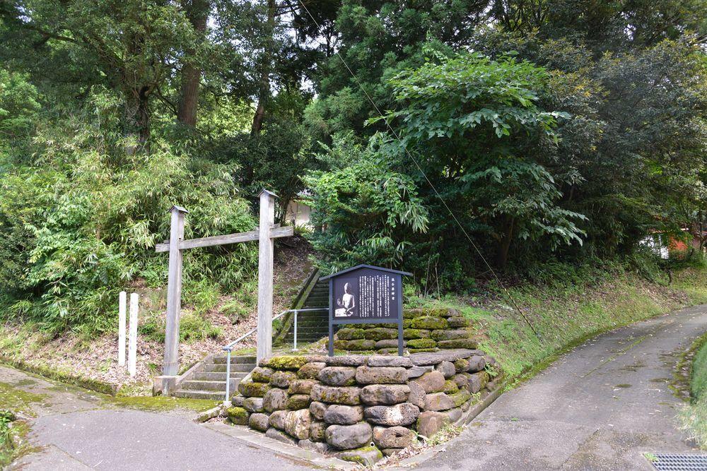 滝谷薬師堂-2