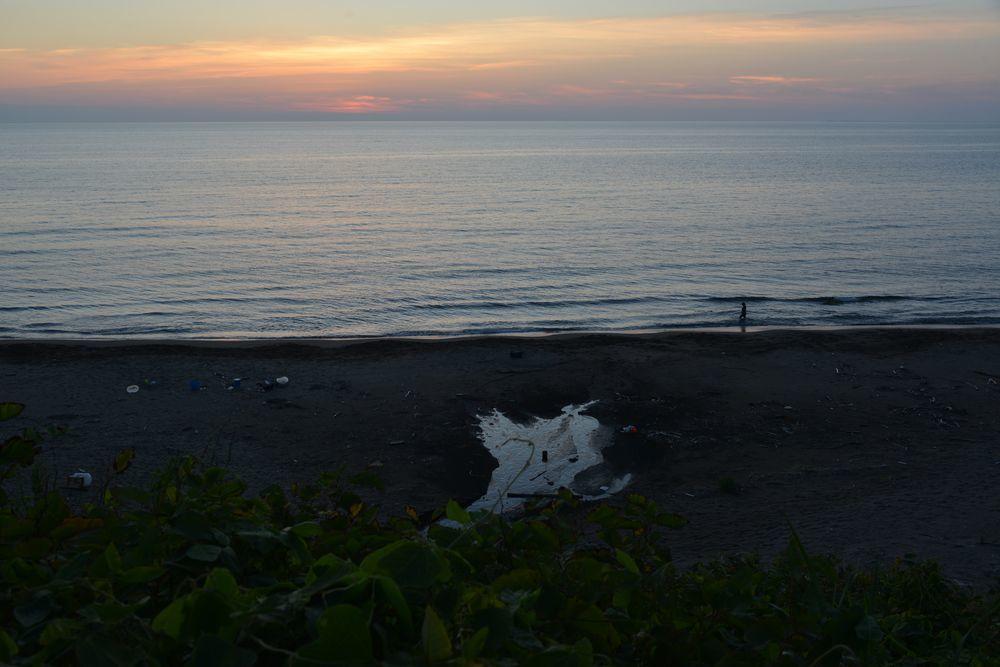 夕暮れの海-2