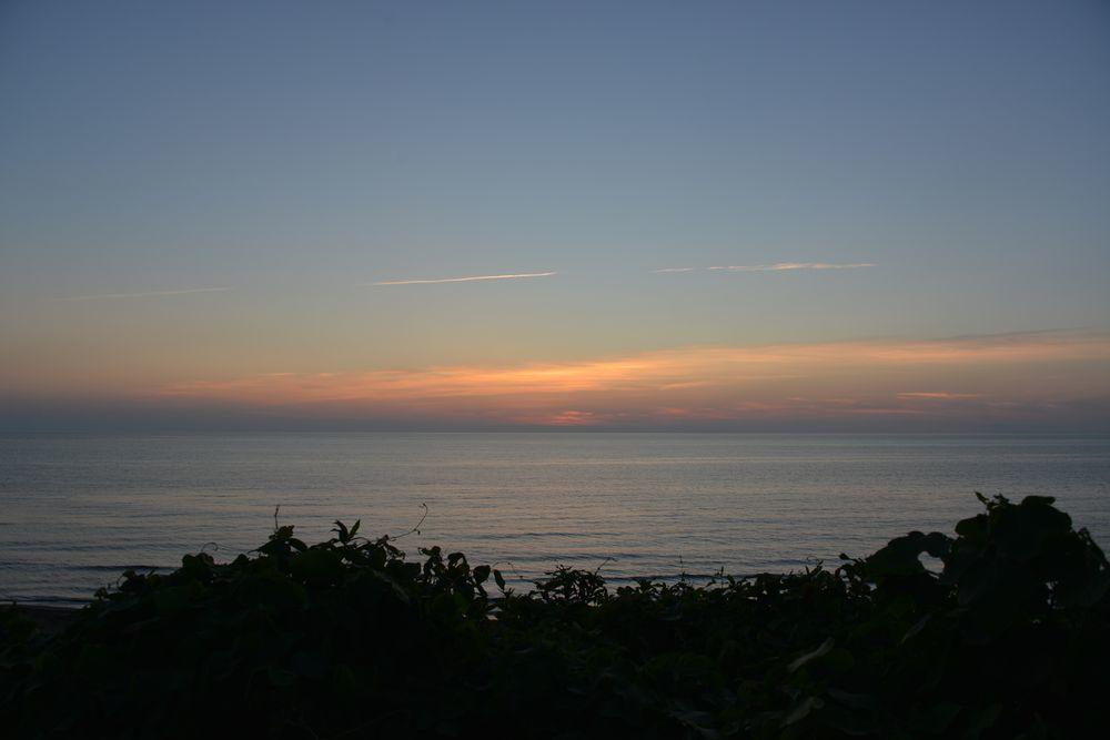 夕暮れの海-4