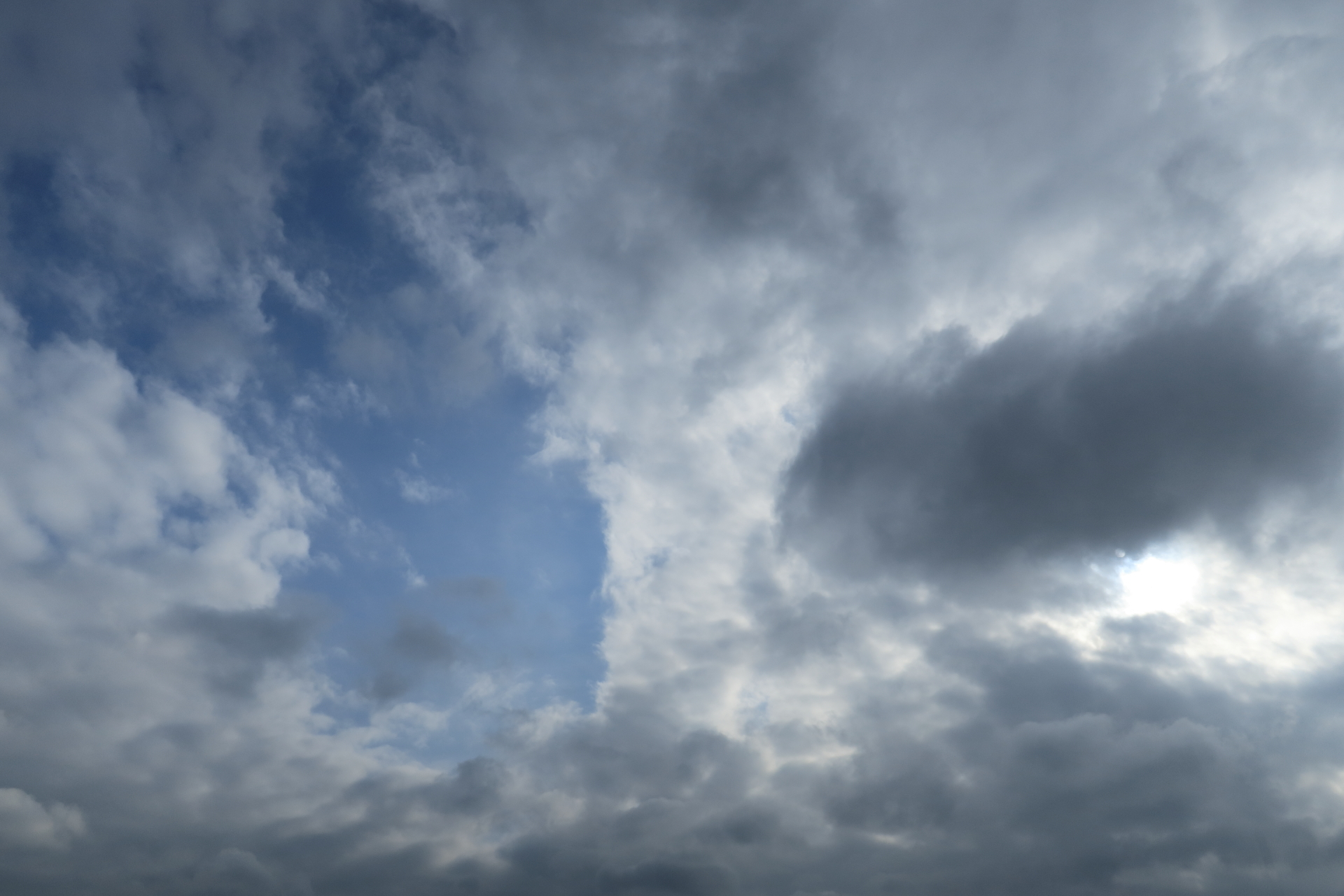 今日の空 西