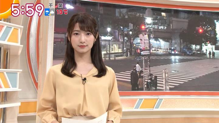 2020年11月27日安藤萌々の画像08枚目