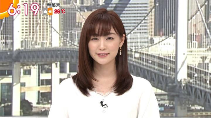 2020年05月01日新井恵理那の画像15枚目