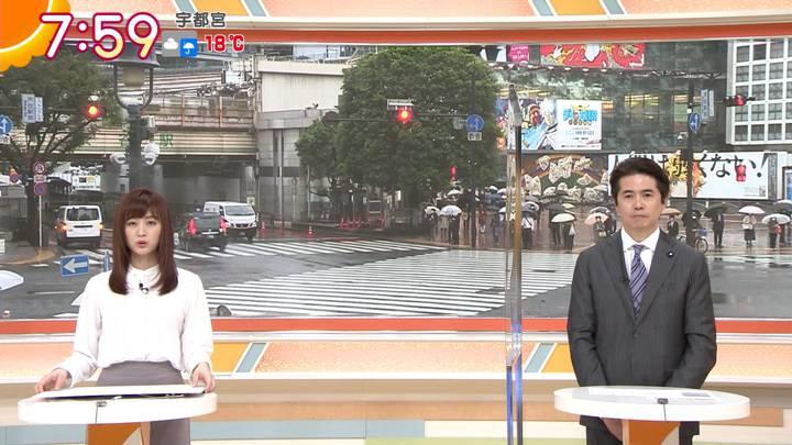 2020年10月09日新井恵理那の画像22枚目