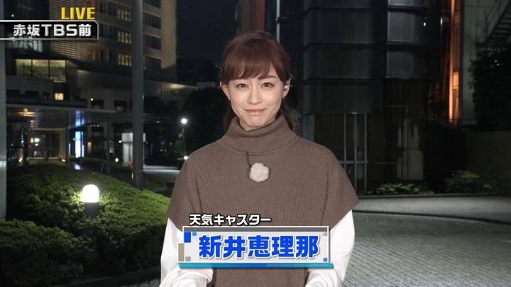 2020年10月10日新井恵理那の画像32枚目
