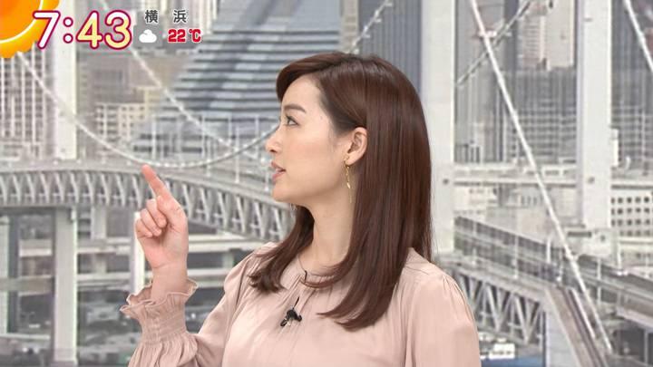 2020年10月14日新井恵理那の画像25枚目