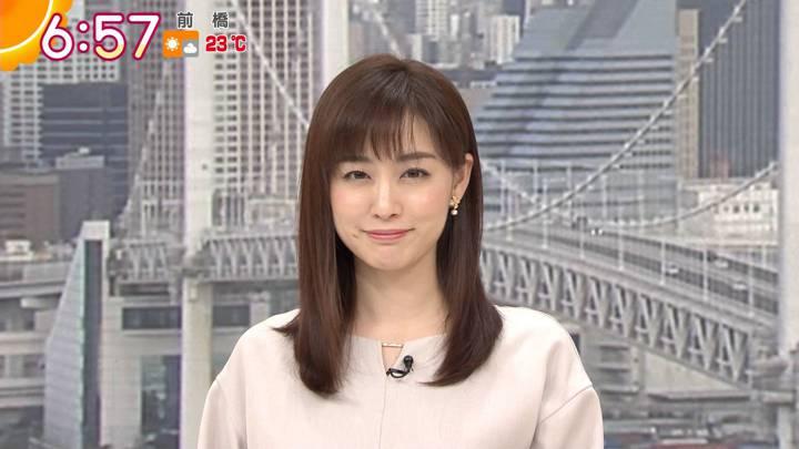 2020年10月26日新井恵理那の画像14枚目