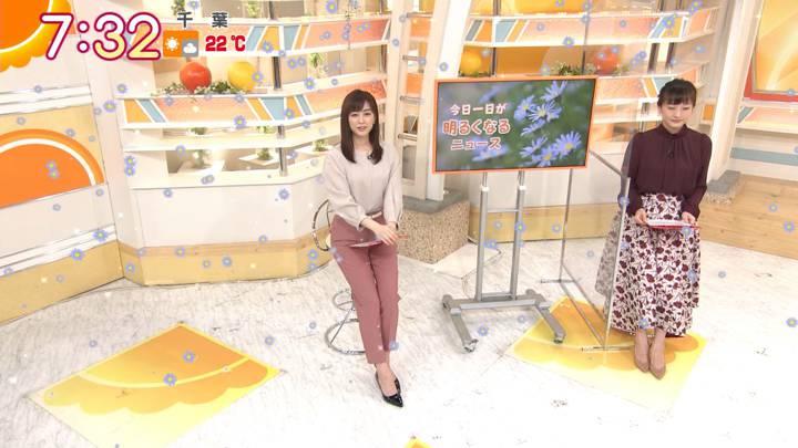 2020年10月26日新井恵理那の画像16枚目