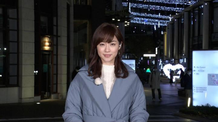 2020年12月12日新井恵理那の画像02枚目