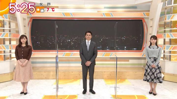 2020年12月17日新井恵理那の画像01枚目