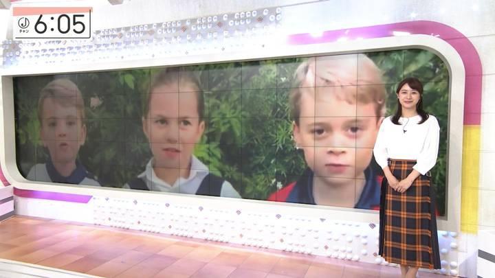 2020年10月05日林美沙希の画像14枚目