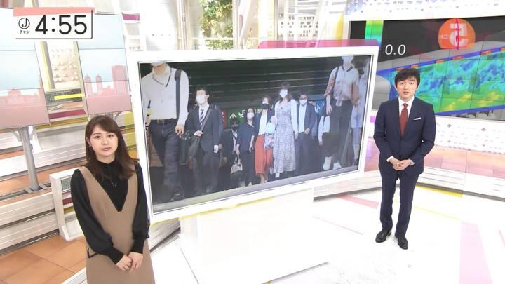 2020年10月28日林美沙希の画像04枚目