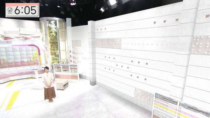 2020年12月15日林美沙希の画像11枚目