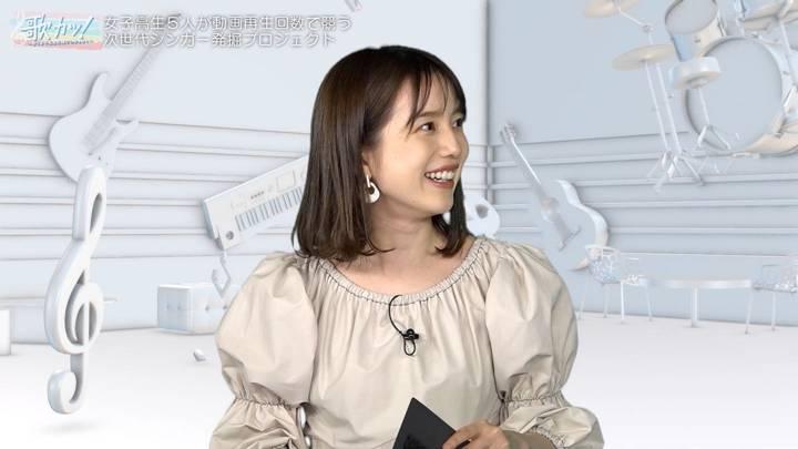 2020年10月15日弘中綾香の画像03枚目