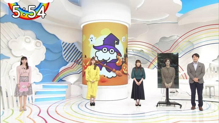 2020年10月02日石川みなみの画像01枚目