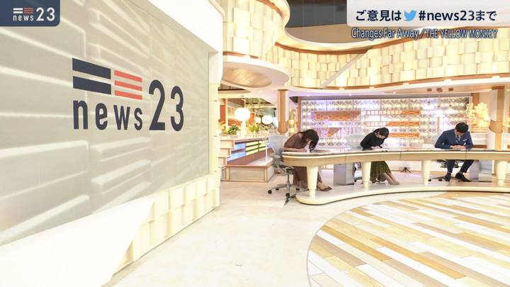 2020年09月25日上村彩子の画像09枚目