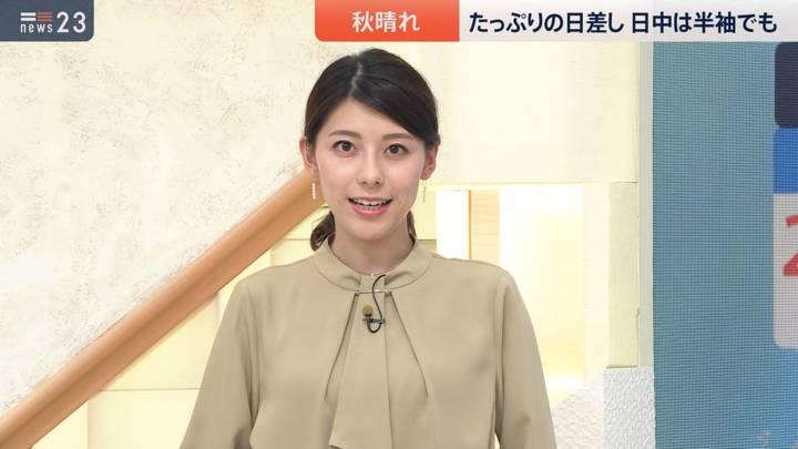 2020年10月02日上村彩子の画像04枚目