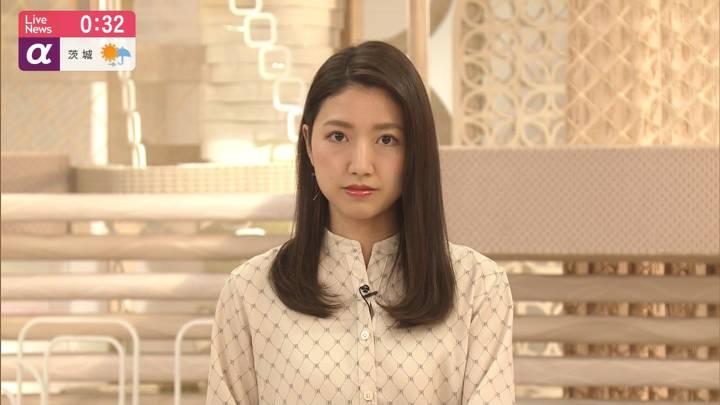 2020年03月18日三田友梨佳の画像17枚目