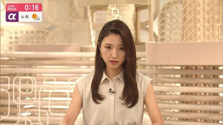 2020年08月28日三田友梨佳の画像12枚目