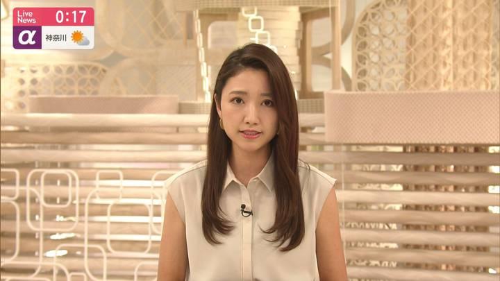 2020年08月28日三田友梨佳の画像14枚目