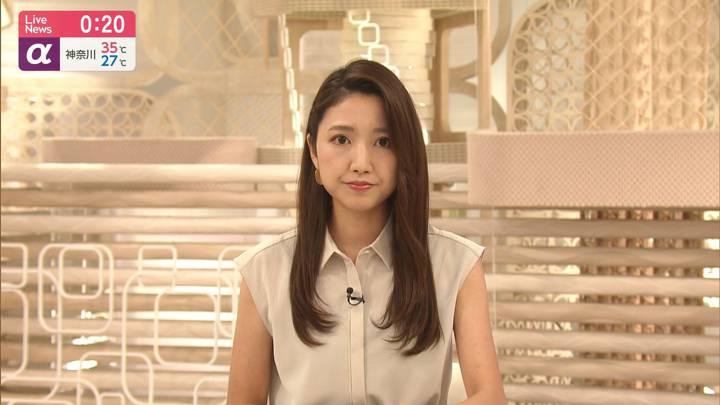 2020年08月28日三田友梨佳の画像15枚目