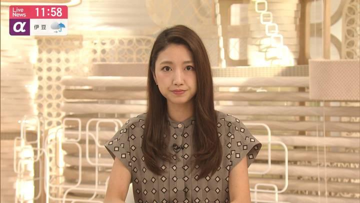 2020年09月01日三田友梨佳の画像15枚目