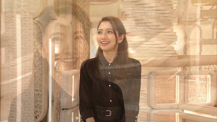 2020年10月05日三田友梨佳の画像35枚目