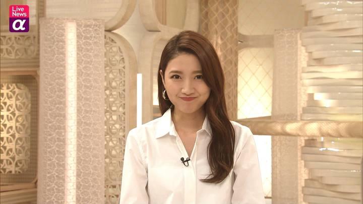 2020年10月19日三田友梨佳の画像10枚目