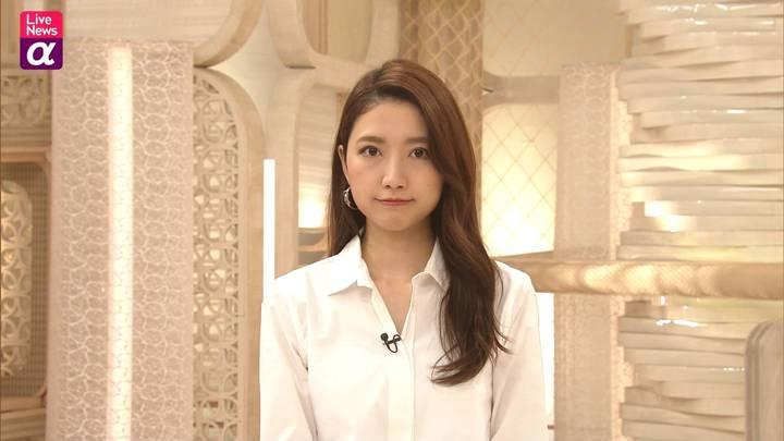 2020年10月19日三田友梨佳の画像15枚目
