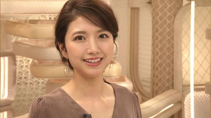 2020年10月27日三田友梨佳の画像32枚目