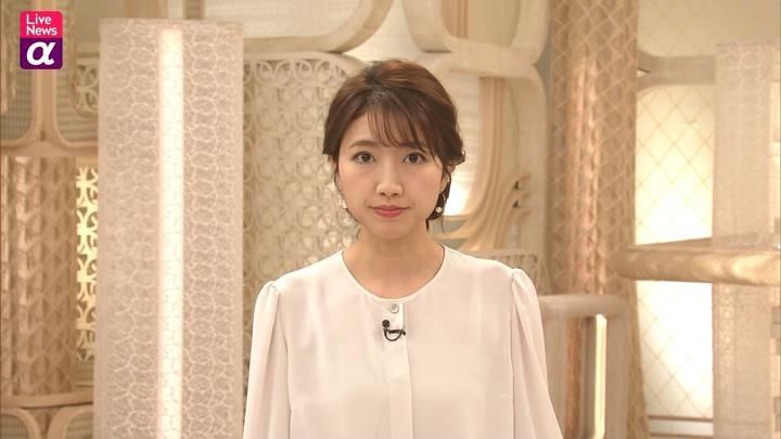 2020年12月07日三田友梨佳の画像12枚目