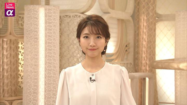 2020年12月07日三田友梨佳の画像18枚目
