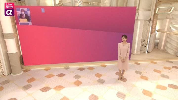 2020年12月09日三田友梨佳の画像08枚目