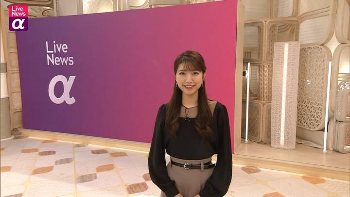 2020年12月10日三田友梨佳の画像15枚目