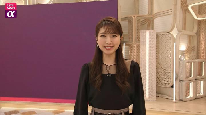 2020年12月10日三田友梨佳の画像17枚目