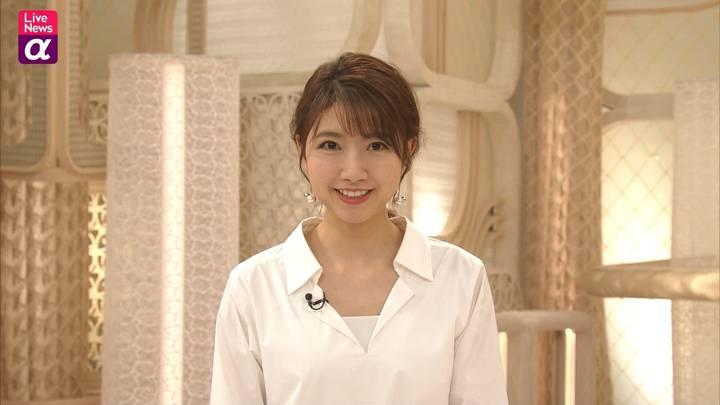2020年12月15日三田友梨佳の画像12枚目
