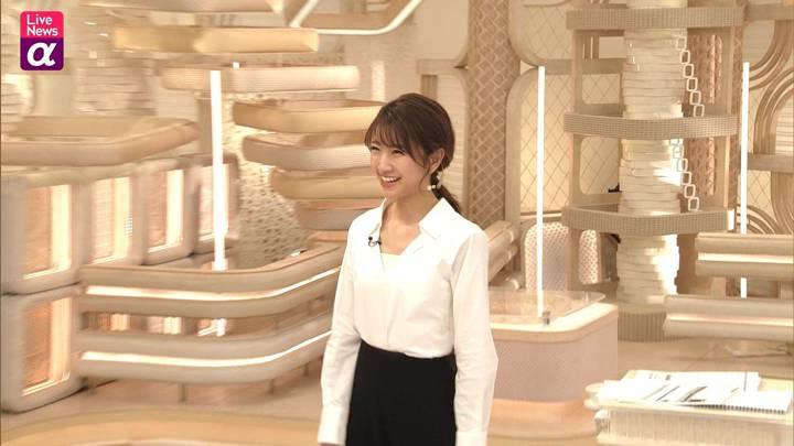 2020年12月15日三田友梨佳の画像19枚目