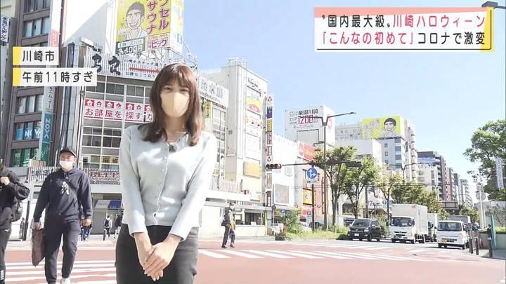 2020年10月31日三谷紬の画像03枚目