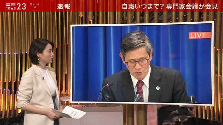 2020年03月19日小川彩佳の画像03枚目
