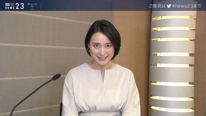 2020年04月13日小川彩佳の画像13枚目
