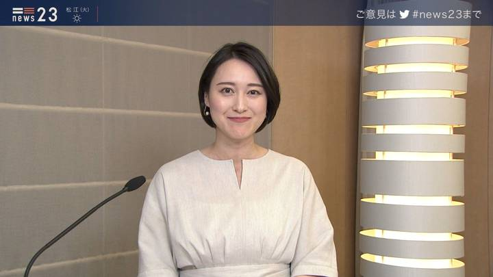 2020年04月13日小川彩佳の画像14枚目