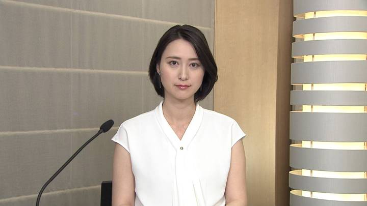 2020年06月15日小川彩佳の画像01枚目
