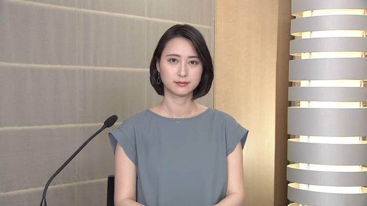 2020年06月18日小川彩佳の画像01枚目