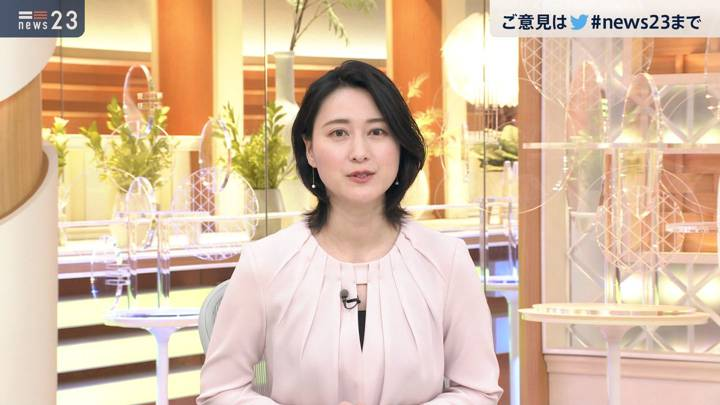 2020年10月21日小川彩佳の画像13枚目